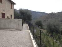 Terrasse du gîtes Les Coquelicots (Pose grillage et portillons)