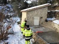 Les travaux se poursuivent sous la neige